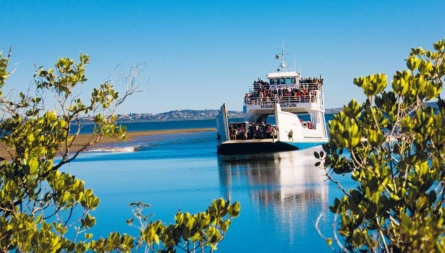 how to get on fraser island